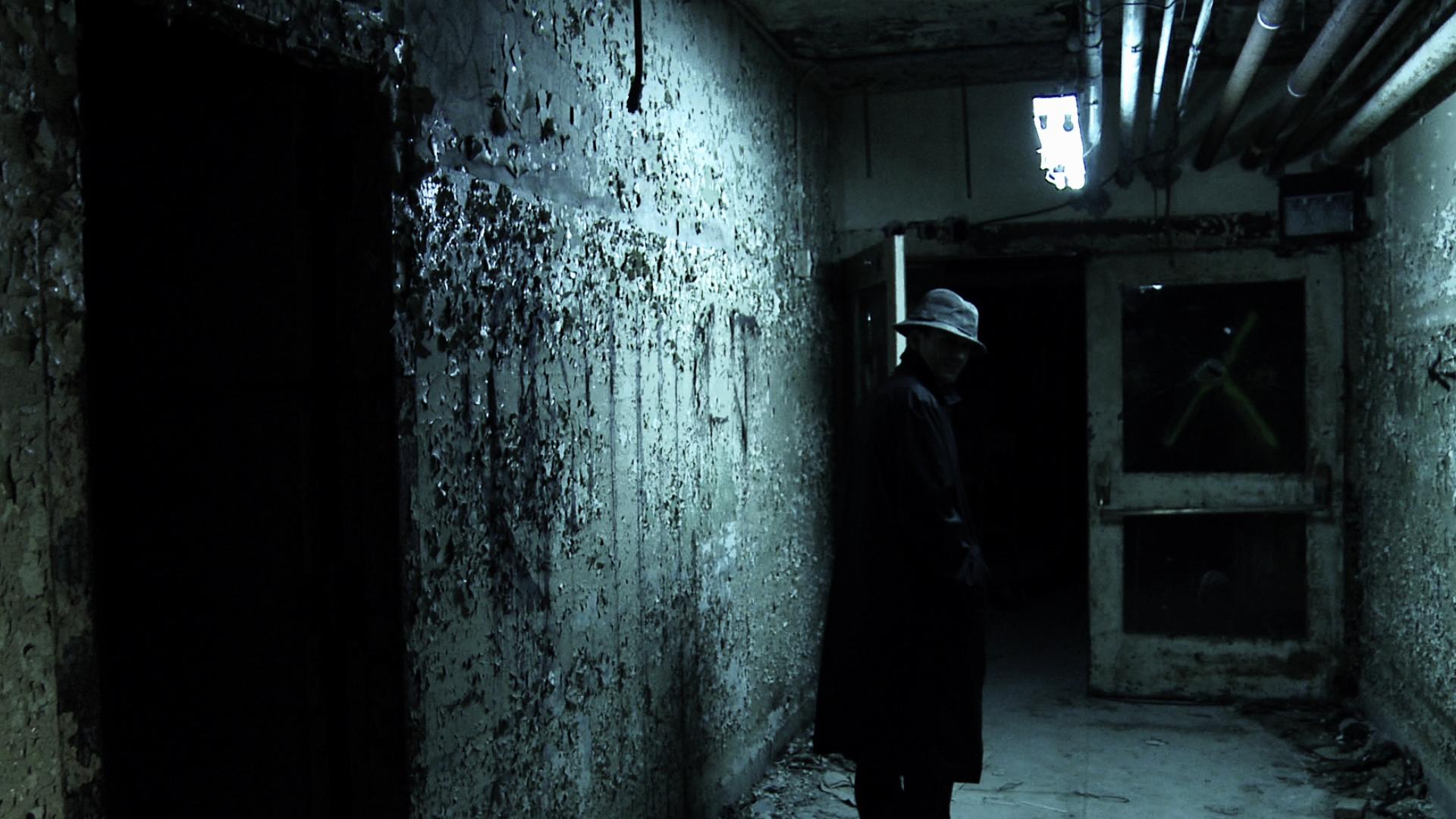Trailer stills drop for oliver sean stone 39 s greystone for The greystone